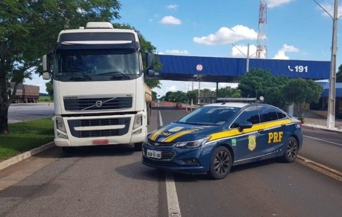 PRF recupera em MS caminhão roubado de vítima de sequestro em SP