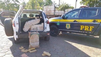 Tráfico: PRF apreende em Sidrolândia 300 kg de maconha em veículo roubado