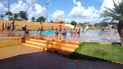 """São Gabriel do Oeste: Secretaria de Cultura, Desporto e Turismo promove o """"Projeto Verão no Parque Aquático"""""""