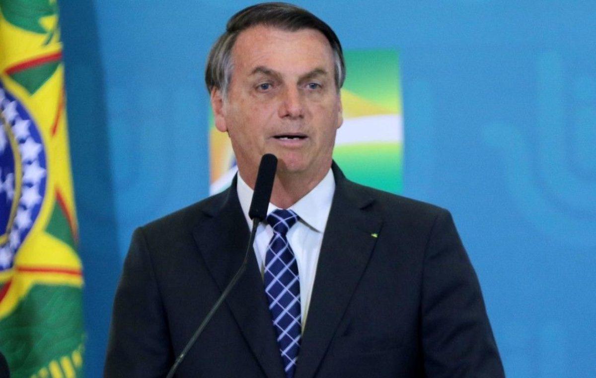 """CONFIRA A ENTREVISTA: """"Problema é deles"""", diz Bolsonaro sobre redução de ICMS sobre combustíveis"""