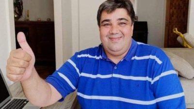 Prefeito de Camapuã é acusado de usar veículo da saúde para regalias pessoais